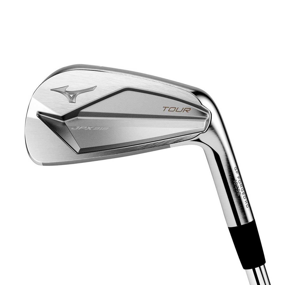 who plays mizuno irons on tour